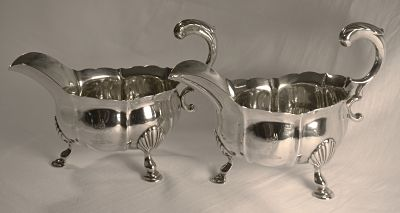 A pair of George 11 antique silver sauce boats
