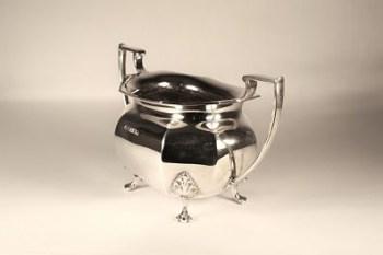 An art deco silver sugar bowl