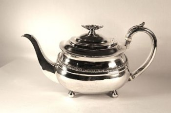 A George 111 silver three piece tea set