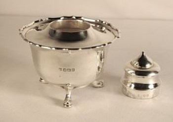 A George V silver tea caddy
