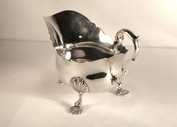 A George V1 silver sauce boat