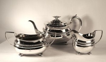 A George 111 silver tea set