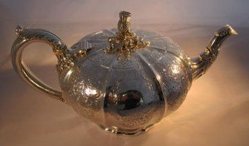 A William IV antique silver teapot
