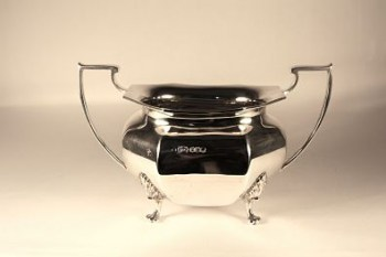 An art deco hallmark silver sugar bowl